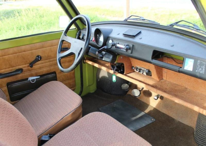 Trabant test drive interior 2