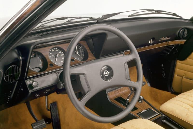 07 Opel Rekord 115286